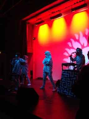 Lucy Love - gav også koncert på Notting Hill Arts Club.