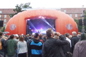 Apollo-scenen var udlånt af Roskilde Festival.