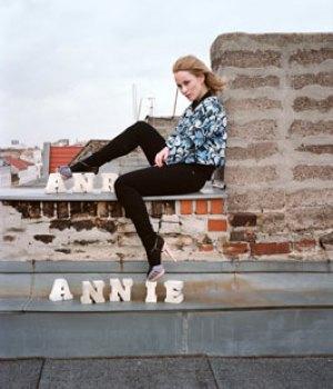 Norske Annie skal til London med sit dJ-set.