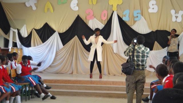2015-16 3 talent show Madame Zita