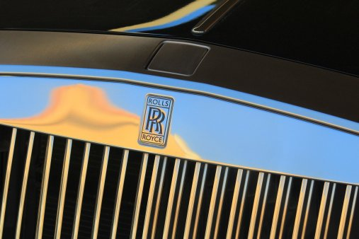 rolls royce 3006013 1920 - From the airport to the hotel