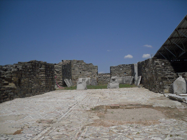 SAM 1035 - Stobi, the paradise of archeology