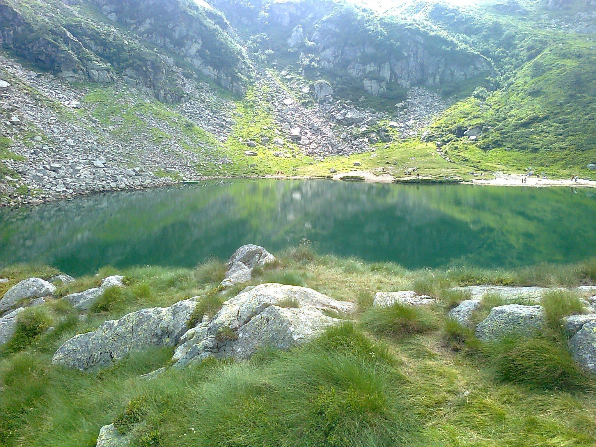 a lake in the mountains 10 1440x1080 - A lake in the mountains