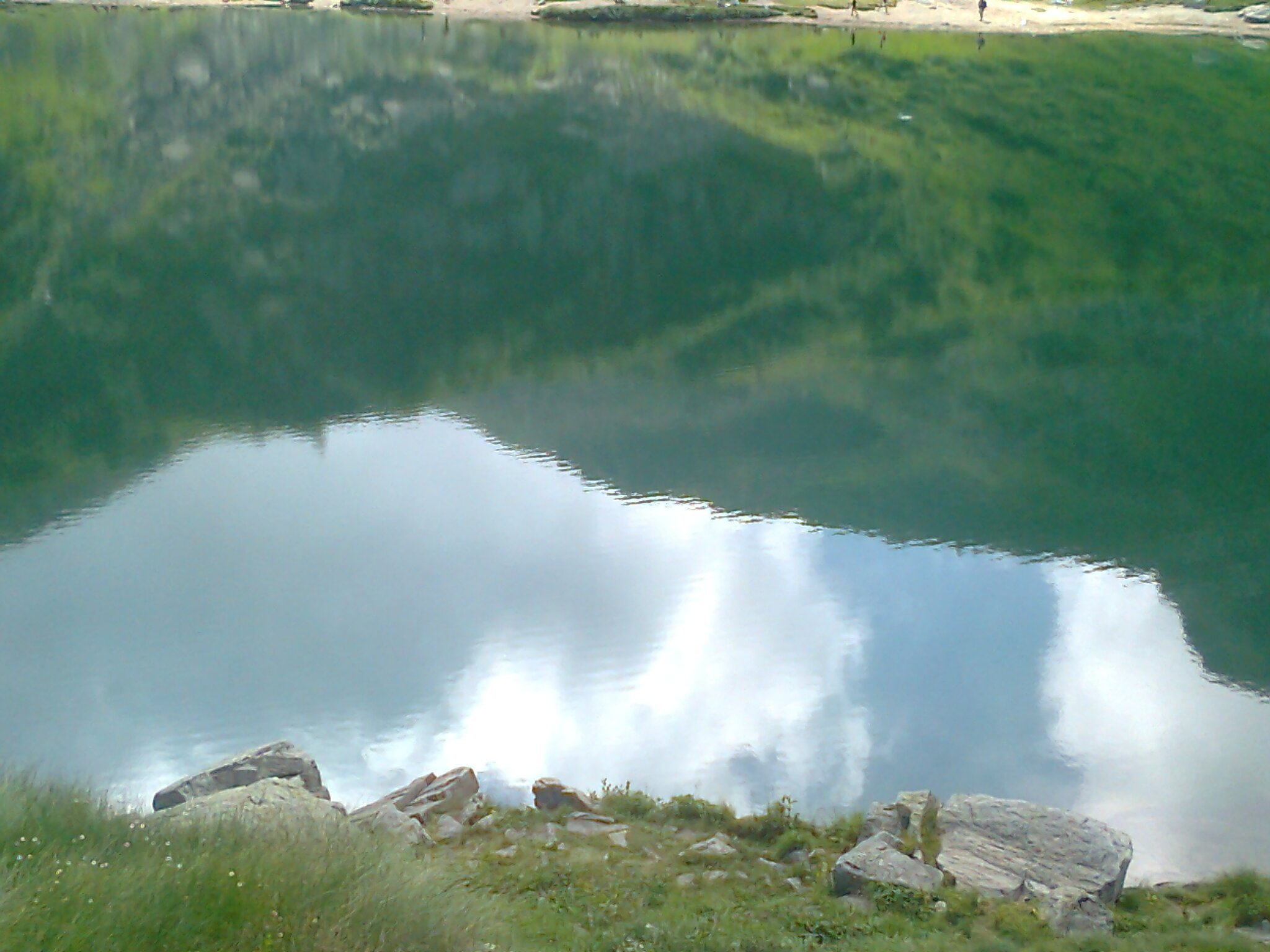 a lake in the mountains 13 1440x1080 - A lake in the mountains