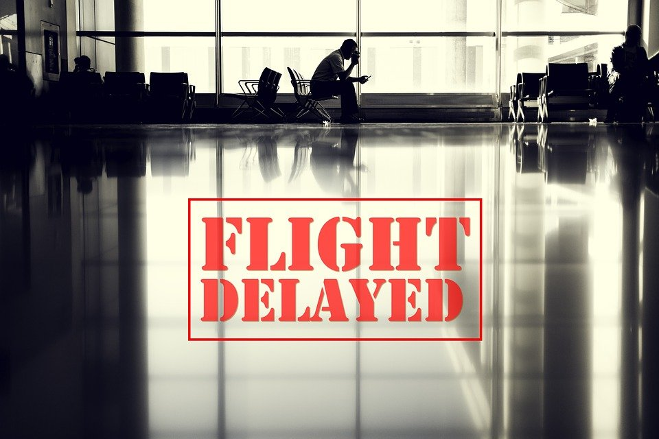 Flight delay: how to deal with it?