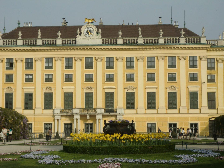 Vienna Schönbrunn 10 1440x1080 - Vienna: elegant beauty