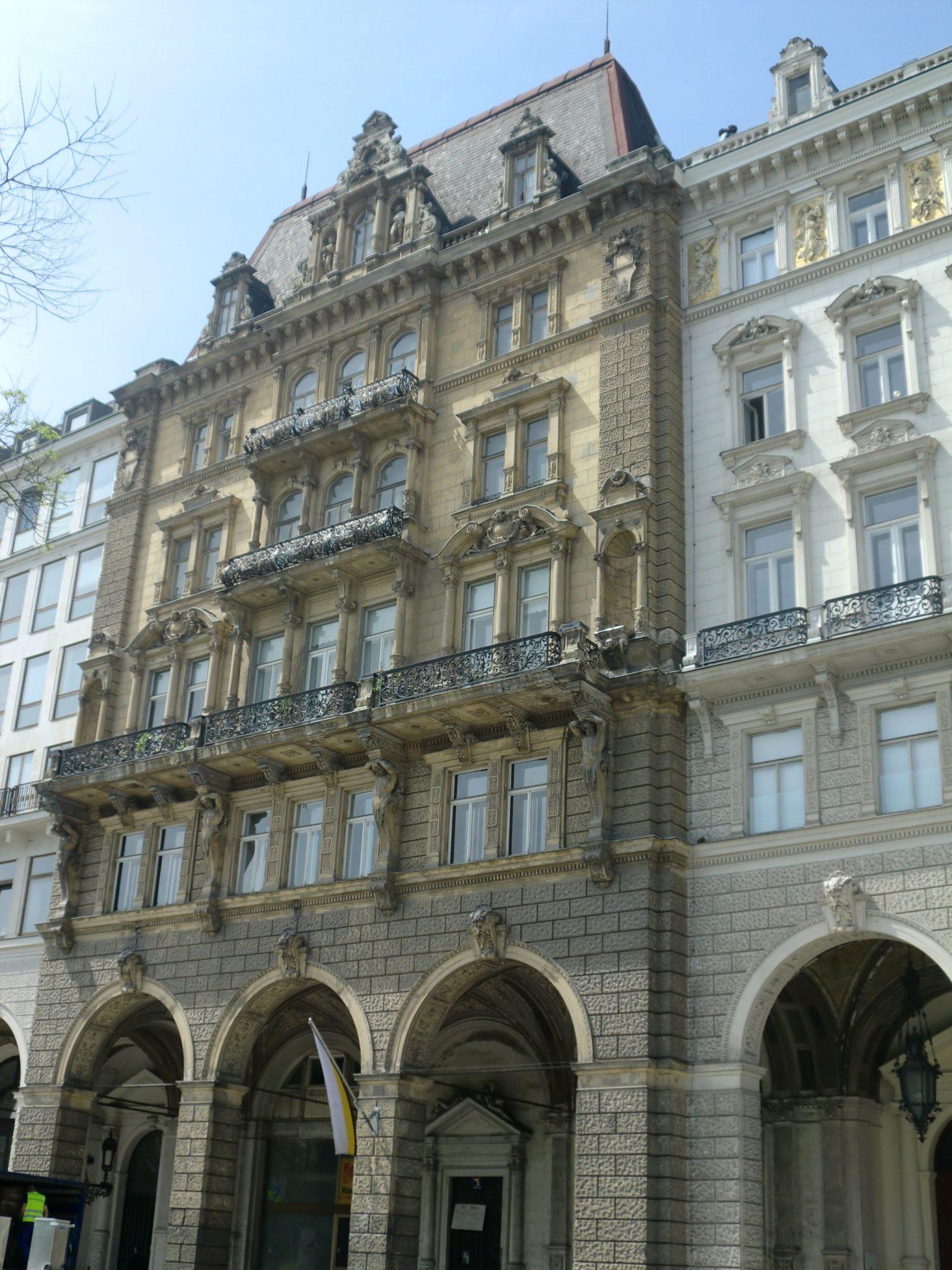 Vienna architecture 26 1440x1920 - Vienna: elegant beauty