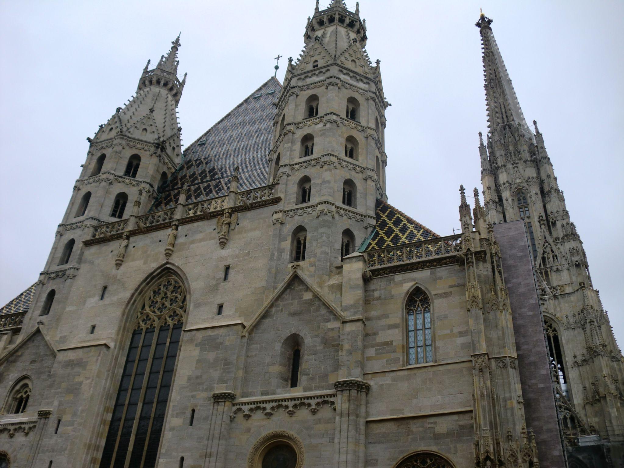 Vienna cathedral 27 1440x1080 - Vienna: elegant beauty