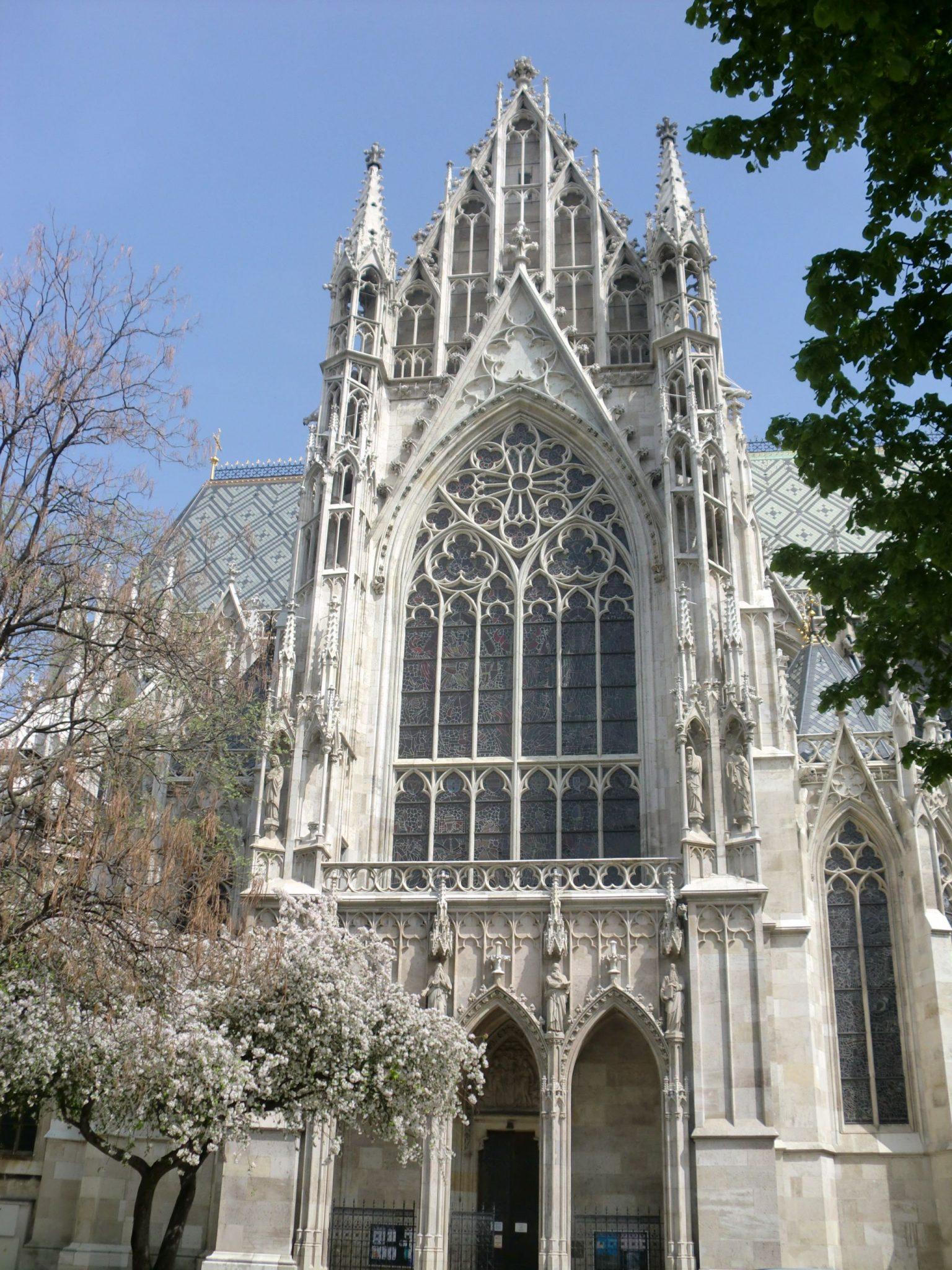 Vienna cathedral 51 1440x1920 - Vienna: elegant beauty