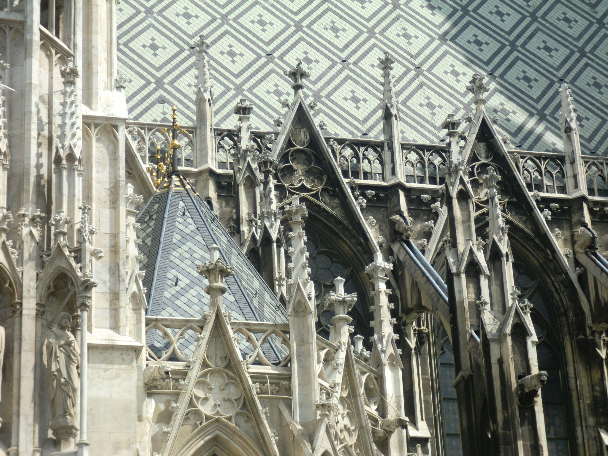Vienna cathedral 52 1440x1080 - Vienna: elegant beauty