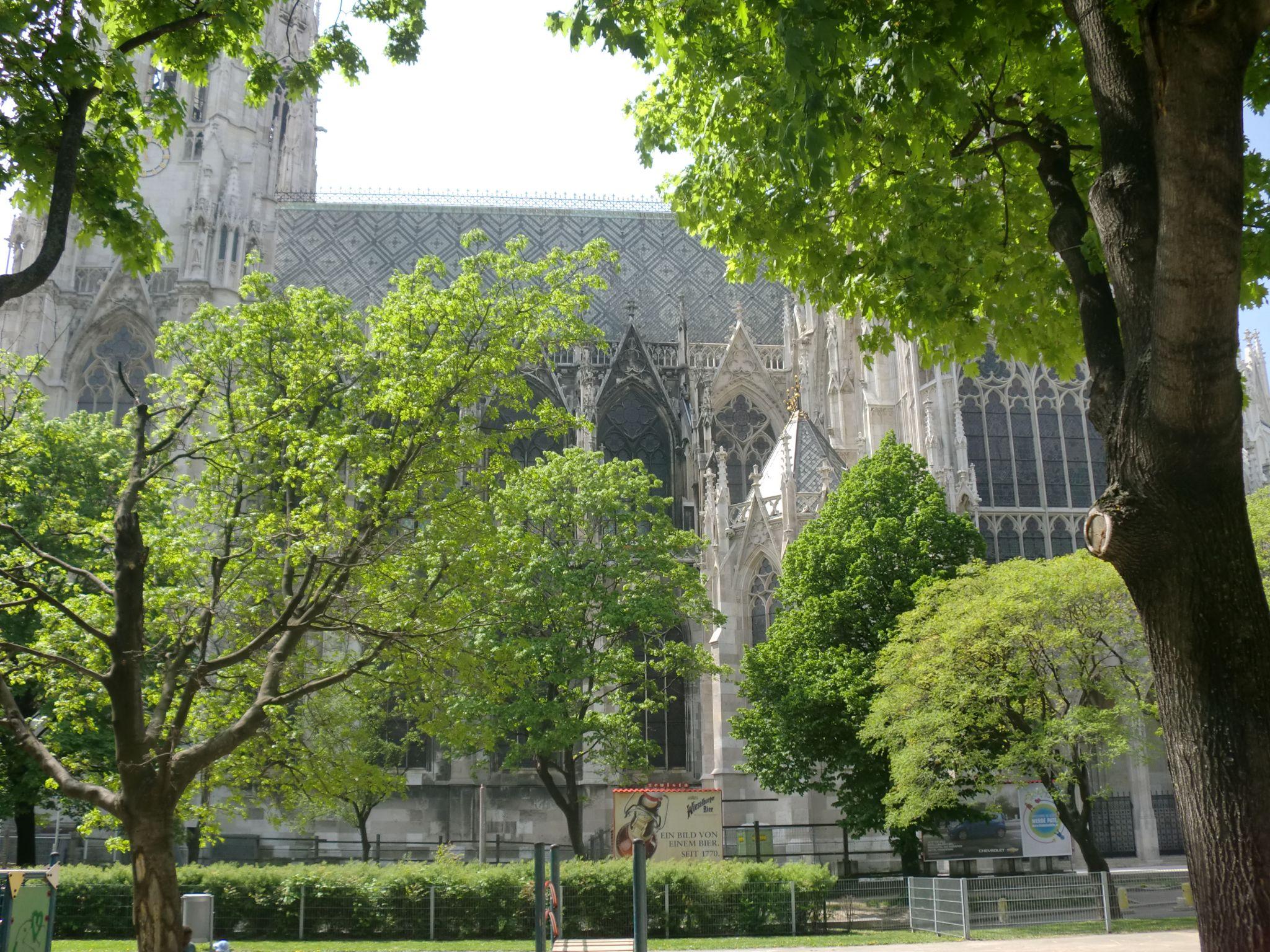 Vienna cathedral 58 1440x1080 - Vienna: elegant beauty