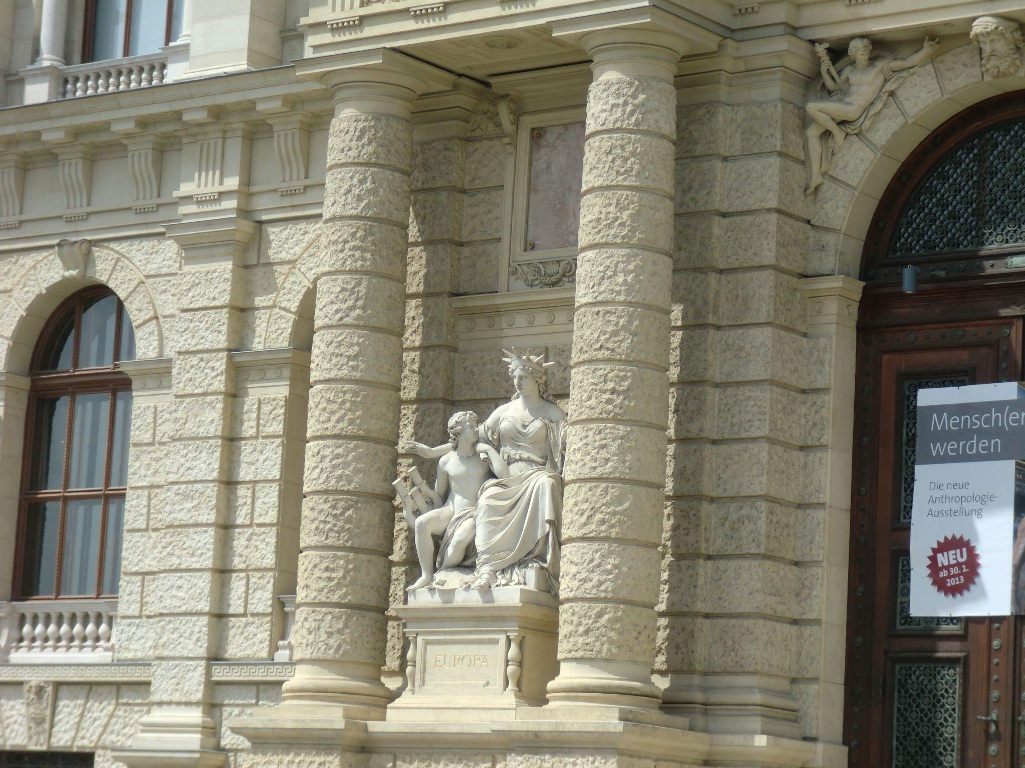 Vienna institutions 21 1440x1080 - Vienna: elegant beauty