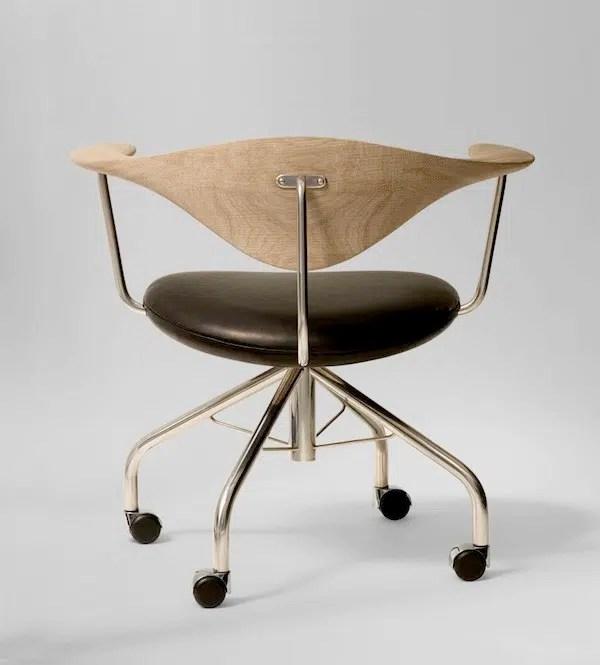 Hans-J.-Wegner-for-PP-Mobler-Swivel-Chair-flodeau.com-10-924x1024