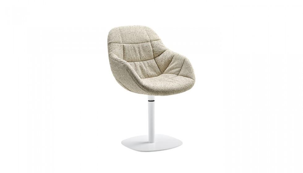 chaise-design-pieds-tulipe-ori-ito