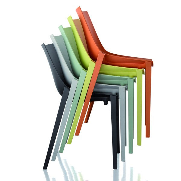 chaise-zartan-empilable-philippe-starck