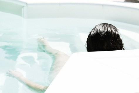 wirlpool badewanne pool frau