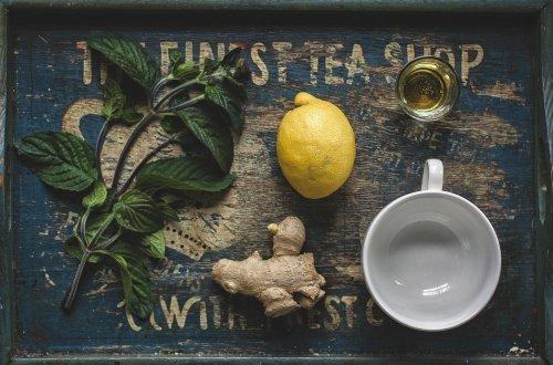How to make a fresh ginger, lemon and honey tea