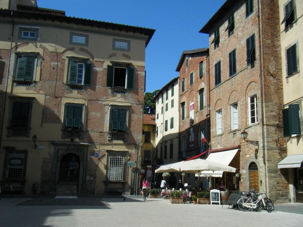 Ville de Lucques en Toscane