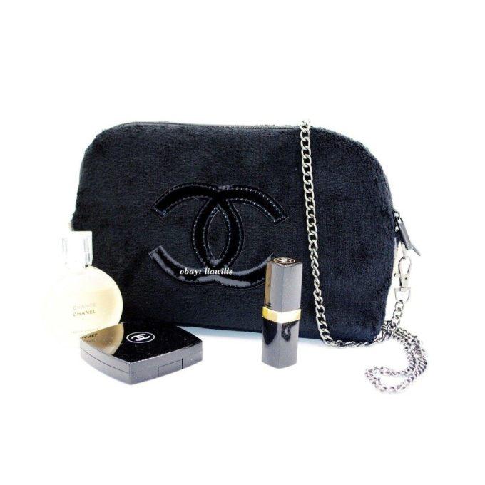 e0458057ddcd Authentic Chanel Vip Gift Crossbody Clutch Shoulder Velvet Bag