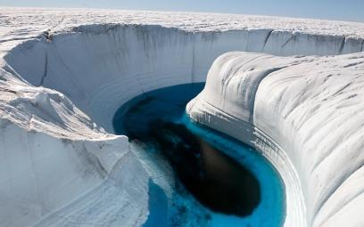 Ice-Canyon-in-Greenland
