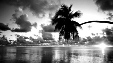 Black-White-Sunset-Beach-Wallpaper-HD