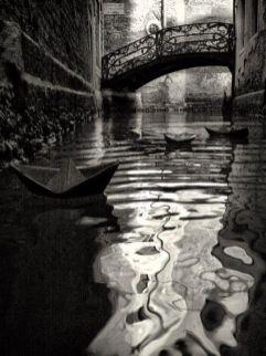 Barche di carta a Venezia