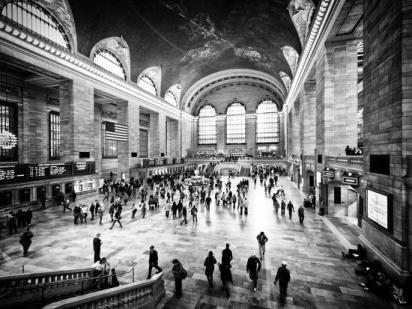 lifestyle-instant-grand-central-terminal-black-and-white-photography-vintage-manhattan-nyc-us_u-l-pz20io0