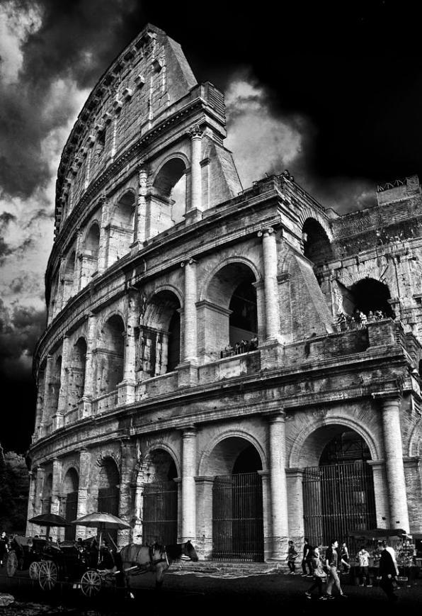 the-colosseum-rome-darren-burroughs