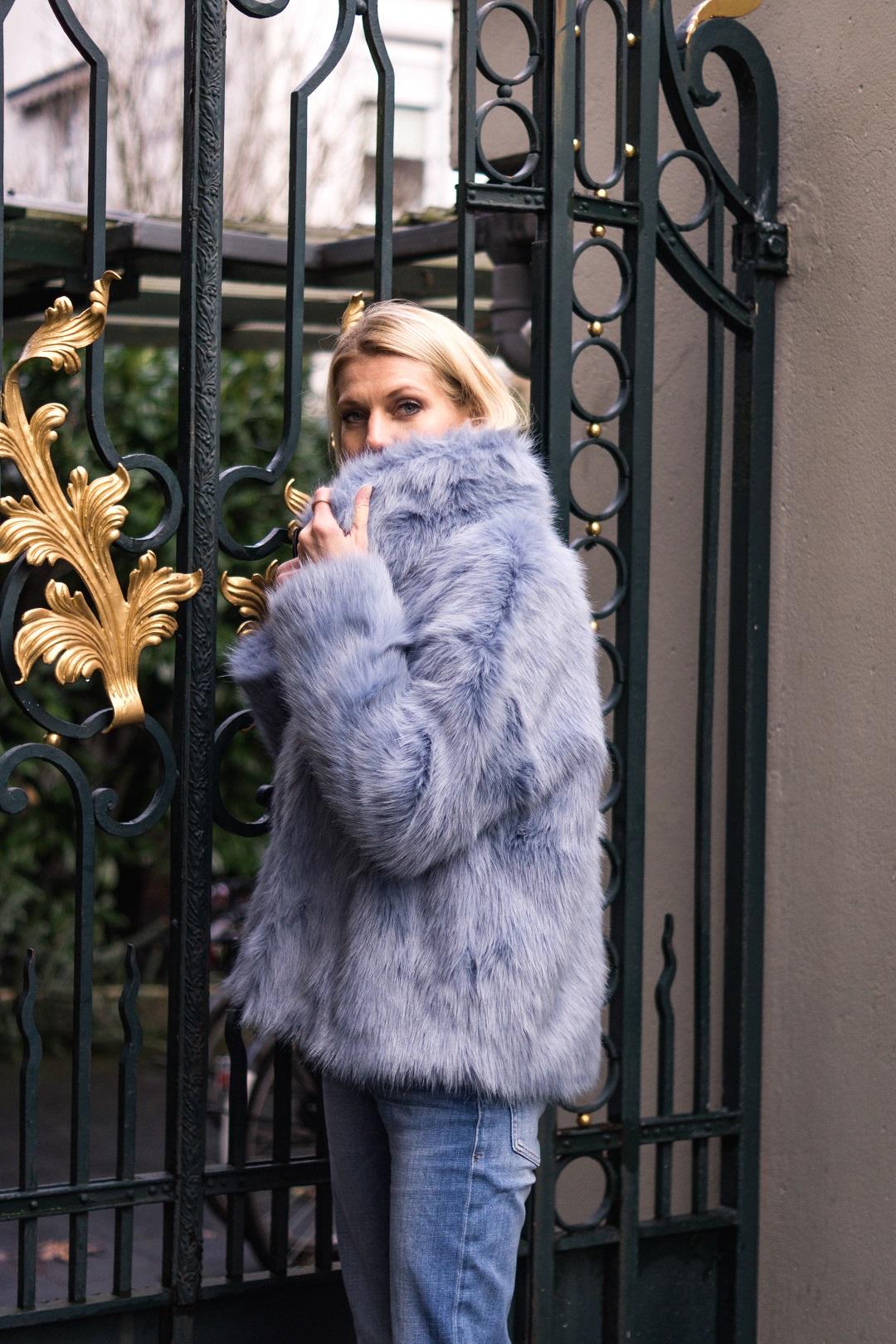 Trend Faux-Fur Jacken in Himmelblau