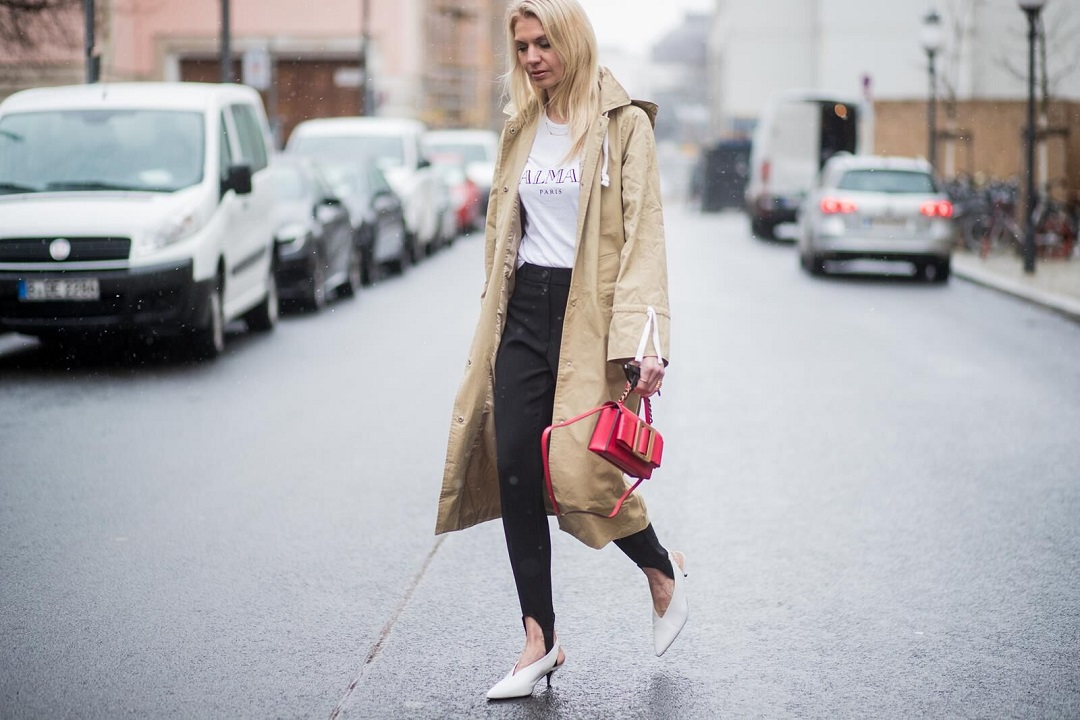 Fashion Blogger Denise Buschkühle How to wear a trenchcoat now?