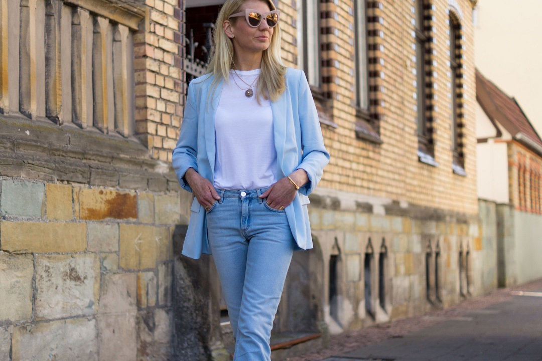 how to wear a pastel blazer this spring