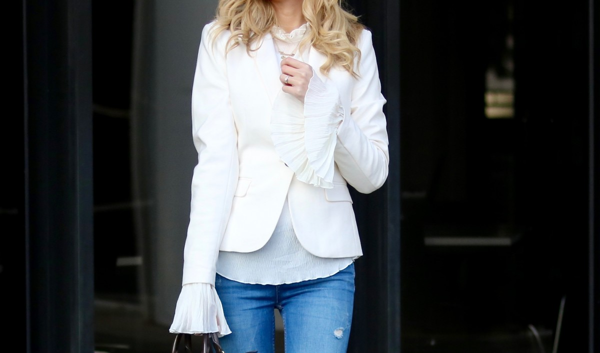 Bell Sleeves, Outfit, elegant