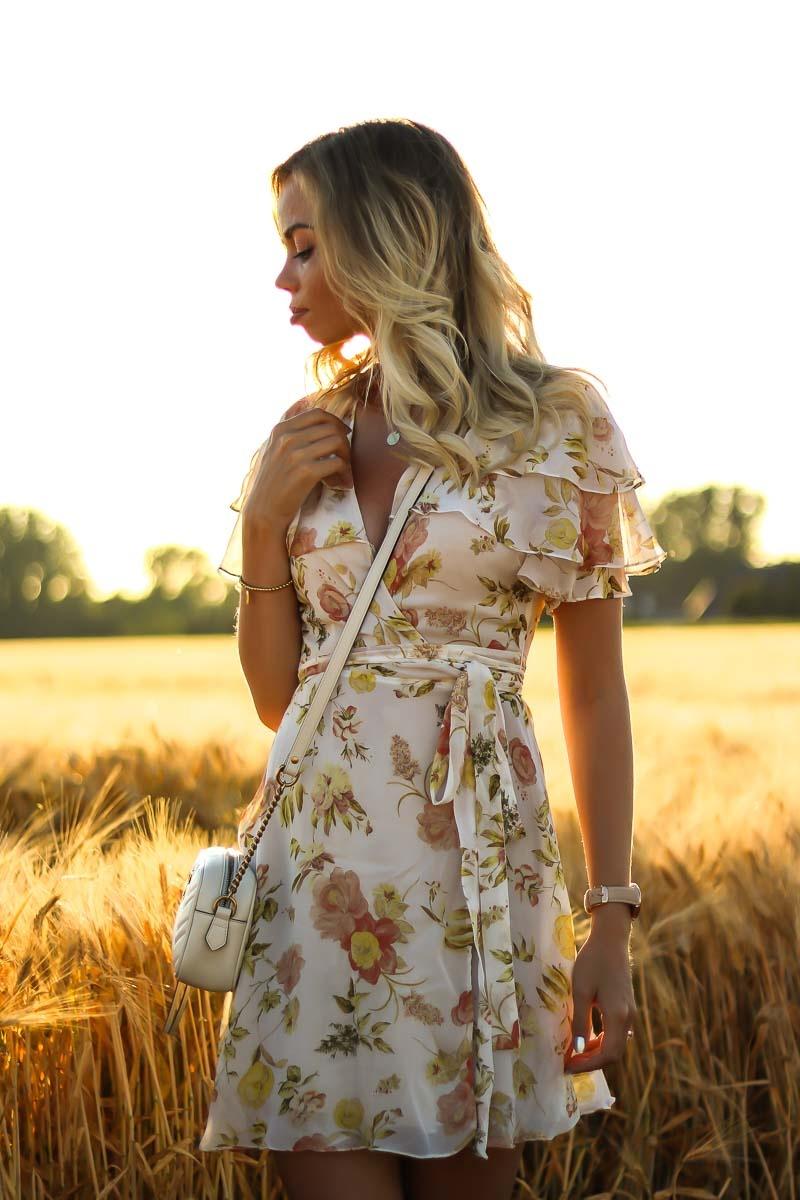 Outfit, Zara, Sommerkleid, Dress, Ruffles, Weizenfeld, Golden Hour