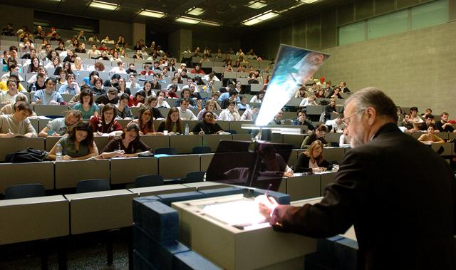 Женевский университет, лекция