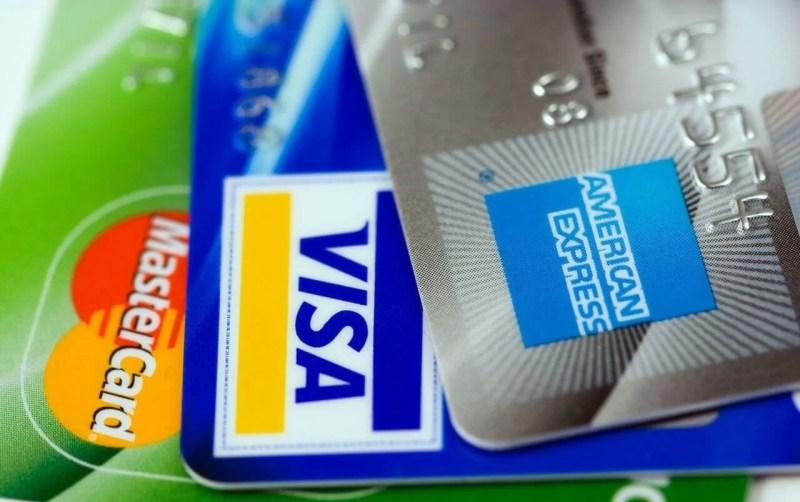【年会費無料】海外旅行でおすすめのクレジットカード【保険付帯】