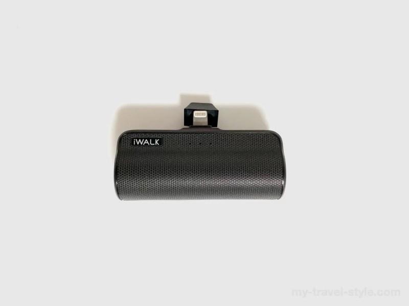 iPhone用モバイルバッテリー「iWALK」ケーブル不要でコンパクト