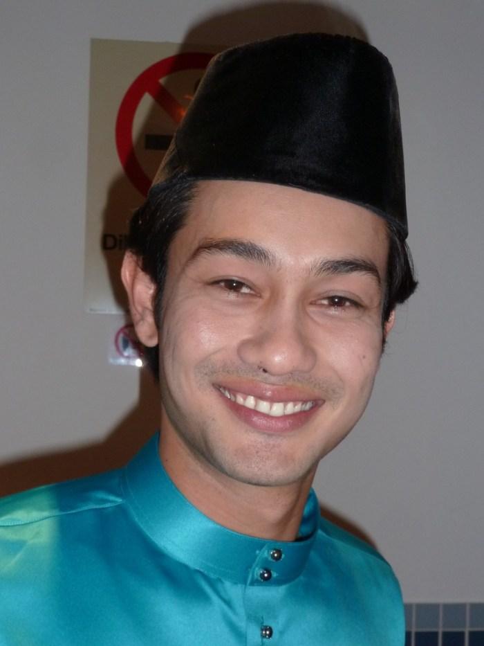 Biodata Artis Farid Kamil