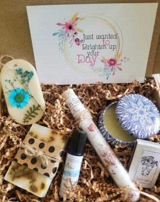 Thinking of you care package, cheer up gift box, Brighten up your day basket, spa gift, surgery gift, send a encouragement gift box.