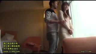 今ブレイク中の女優新●優子似の若妻。シティホテルでイケメンとハメ撮りセックス♡