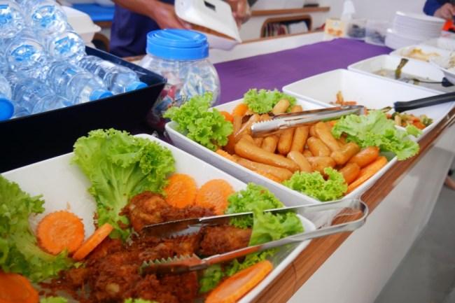 phuket 船上自由餐