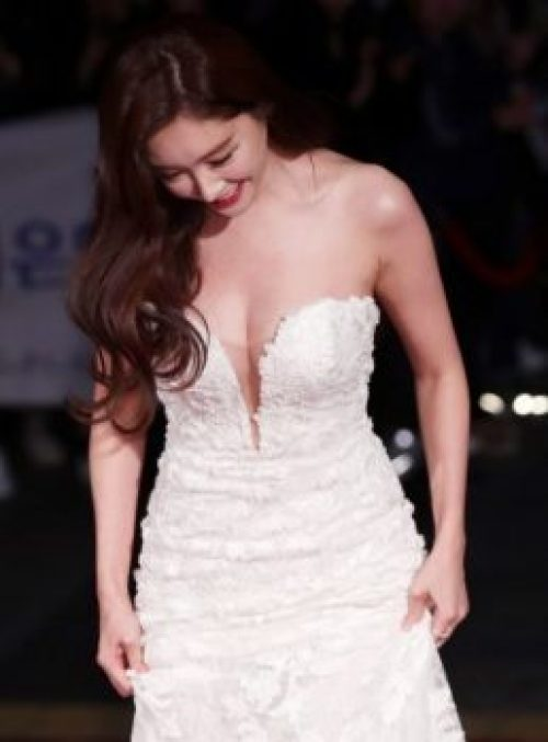 Ball Seoyoung body