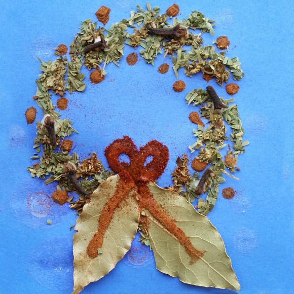 PHOTO: Spice holiday card: wreath.