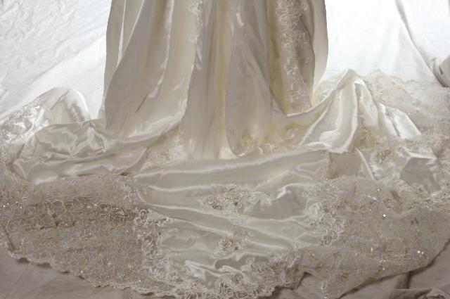 Vintage Alfred Angelo 80s Puffy Sleeve Wedding Dress