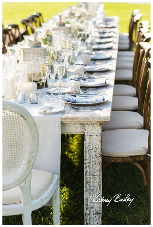 whitewashed_farm_table_side