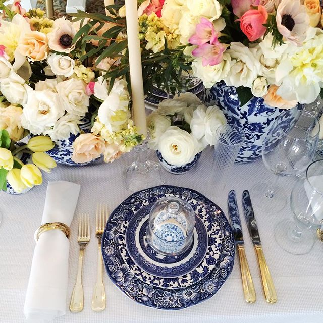 We're still on ️ 9 after showing off our new collection of blue and white #vintage plates at @ The Bethesda Country Club yesterday and at a knockout wedding with @taylorandhovevents last weekend. .....#vintagerentals #vintage #weddings #eventstyling #weddingflorist #weddinginspo  #weddings #weddinginspiration #risingtidesociety #wedding #dcwedding #flowers #vintageweddings #floraldesign  #weddinginspiration #eventdecor #gold #acreativedc #blueandwhite #vintagechina #marylandwedding #spring
