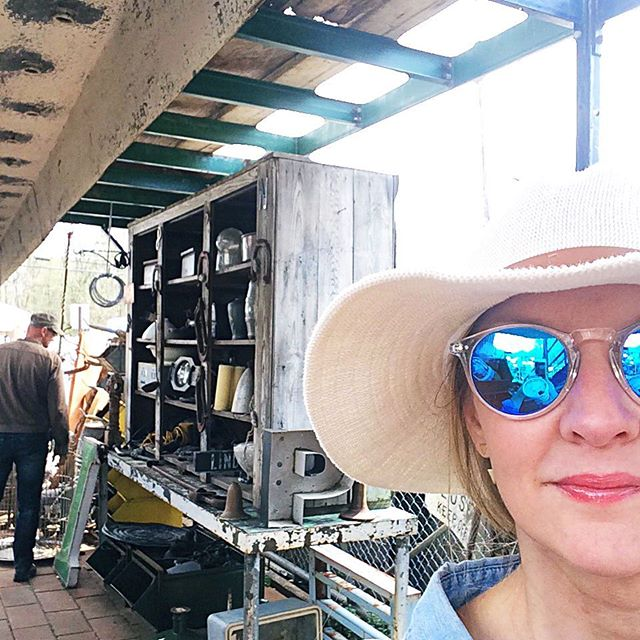 I've died and gone to #industrial heaven . A to the MEN!!! #brimfield ......#vintage #vintagestyle #salvage #reclaimed #picking #brimfield #industrial #rustygold #patina #dc #igdc #acreativedc #dcevents #interiorstying