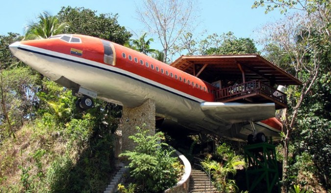 unusual-themed-hotels-14-1__880
