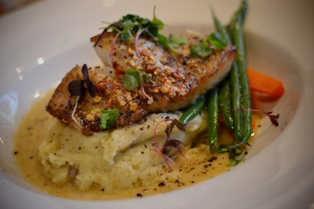 20150419_fishworks halibut