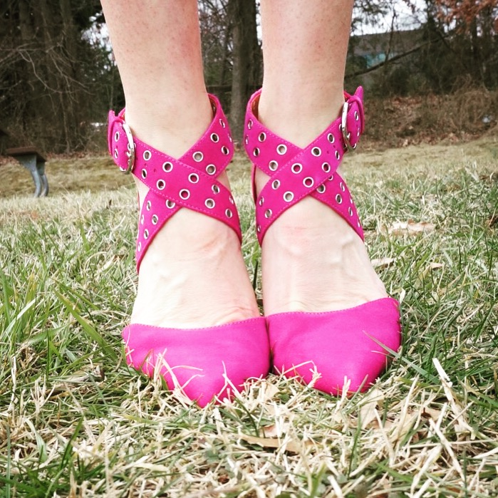 my9to5shoes.com My 9 to 5 Shoes Pink Yarrow Pantone