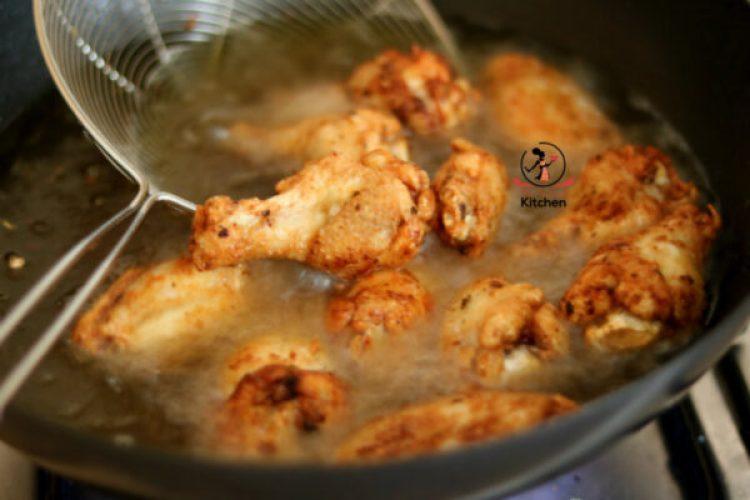 fry chicken wings